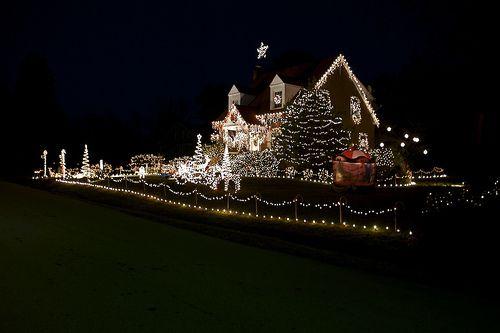 Зображення з назвою Christmas light insanity