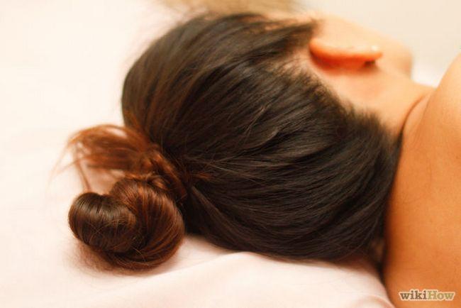 Зображення з назвою Get Messy Bedhead Curls Step 6