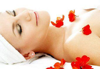 Як збільшити груди масажем