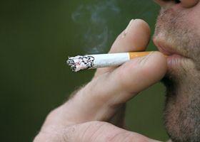 Куріння збільшує ризик шизофренії