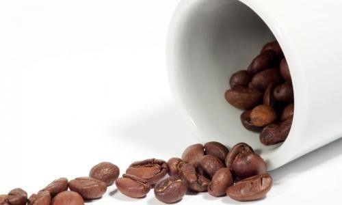 Ароматні цукерки з кавових зерен в шоколаді