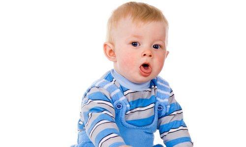 Чому виникає алергічний кашель у дитини і які його симптоми і лікування